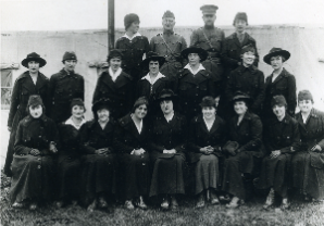 Women Telephone Operators in WWI